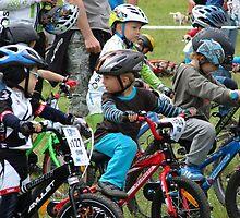 Mladá Boleslav TOUR CZ - racing mountain bikes XVI. / little racers on the start by Natas