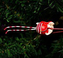 flying santa - greeting card by davidprentice
