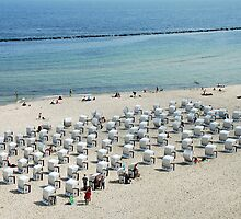 Beach chairs in Sellin - Germany by Arie Koene