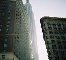 pbbyc - Empire State 35mm by pbbyc