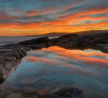 Boat Harbour Sunset. by Warren  Patten