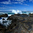 Currumbin - Gold Coast by Noel Elliot