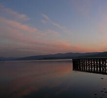 A Beautiful pre-Sunrise Glowing Colours on the Clyde by mountainvoyager