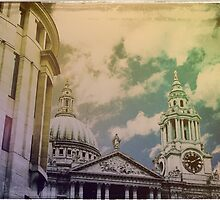 St Paul's Cathedral by taudalpoi