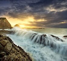 Forces of the Ocean by Rodney Trenchard
