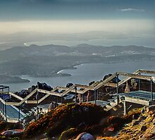 The Pinnacle, Mount Wellington. by Paul Amyes
