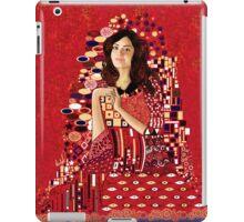 Portrait of Clara Oswin-Oswald a la Klimt iPad Case/Skin