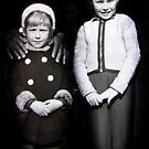 Due Bambini - 1954 by Bine