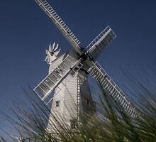 Woodchurch Windmill by LeeRafferty