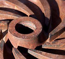 Rusty Gear by phil decocco