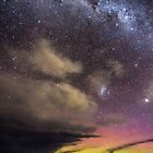 Aurora over Fedrick Henery Bay  by Robert-Todd