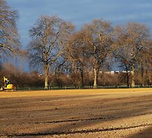 London: Hyde Park Sands by justbmac