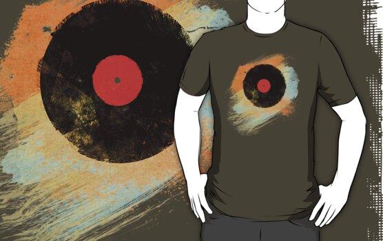 Vinyl Record Retro T-Shirt - Vinyl Records Modern Grunge Design by Denis Marsili - DDTK