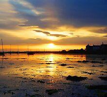 Findhorn Bay sunset by Dean Souter