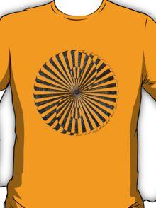 yin yang in stone (zahyíng) T-Shirt