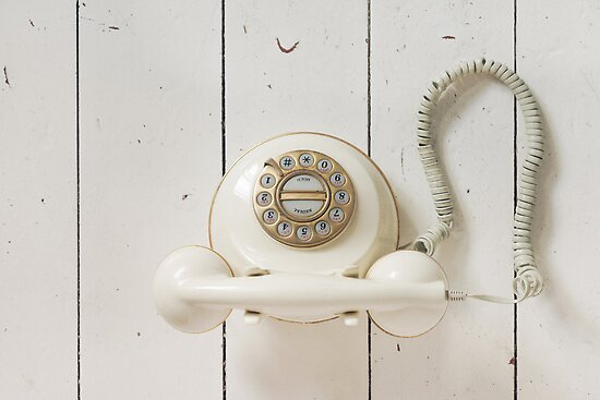 Vintage Telephone by visualspectrum