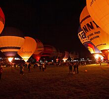 Night glow at the 35th Bristol International Balloon fiesta by Keith Larby