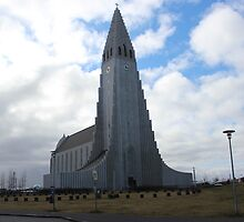 Reykjavik Church by elsamcam