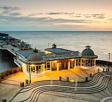 Cromer Pier by fulhamphil