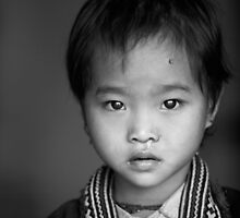 Red Dao girl... by johnmoulds