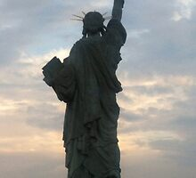 statue of liberty by Peter75