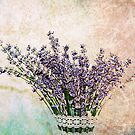 Lavendar bouquet by RosiLorz