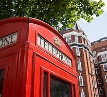 telephone box by Anne Scantlebury