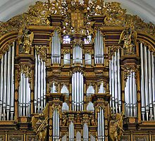 Fulda Cathedral organ by churchmouse