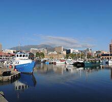 Sullivans Cove, Hobart, Tasmania by Wendy Dyer