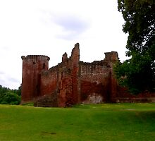 Bothwell Castle  by Scotland2008