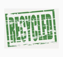 Recycled - green rubber stamp effect by stuwdamdorp