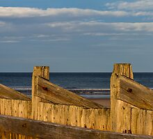 LOSSIES WOODEN BREAKWATER by JASPERIMAGE