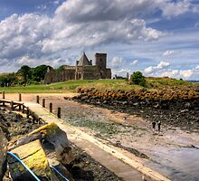 Inchcolm by Tom Gomez