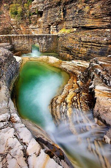 Natural pool in Zagori by Hercules Milas