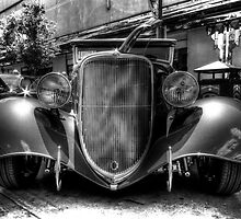 33 Ford by Richard Thelen