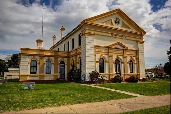 Boorowa  NSW  Court House  by Kym Bradley