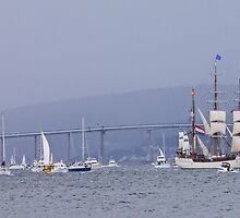 Tall Ships Leaving Hobart by Graeme  Hyde