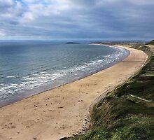 September beach in Wales by Bluesrose