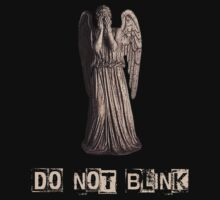 Weeping Angel - Do not Blink! by Marjuned