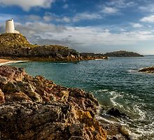 Llanddwyn Lighthouse by Adrian Evans