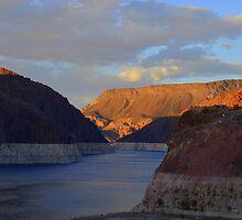 Lake Mead by Eleu Tabares