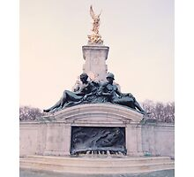 Fountain - Buckingham Palace, London by Countessa
