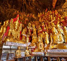 Buddha statues of Myanmar by travel4pictures