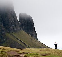 Taking the photo: sightseers at Trotternish Ridge, Skye by Richard Flint