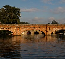 Stratford Bridges by Country  Pursuits