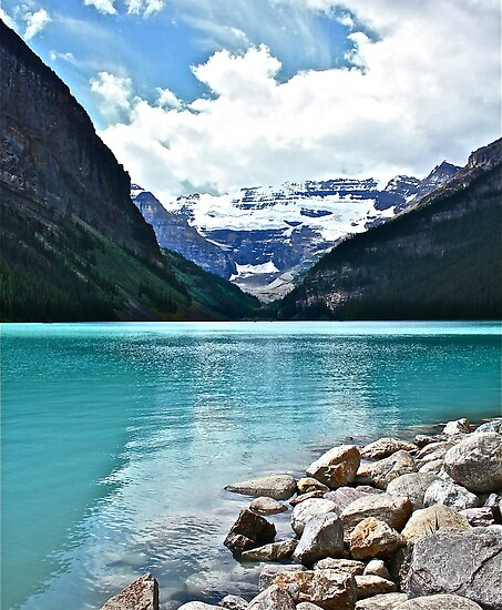 Lake Louise Alberta by Linda Bianic