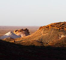 The Breakaways Coober Pedy South Australia  by hoboroad
