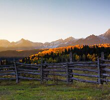 Sneffels Range Sidelight by Paul Gana