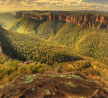Grose Valley, Blue Mountains by Kevin McGennan