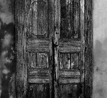 An Old Door in Milan, BW. Corso Lodi, 47 by Igor Pozdnyakov
